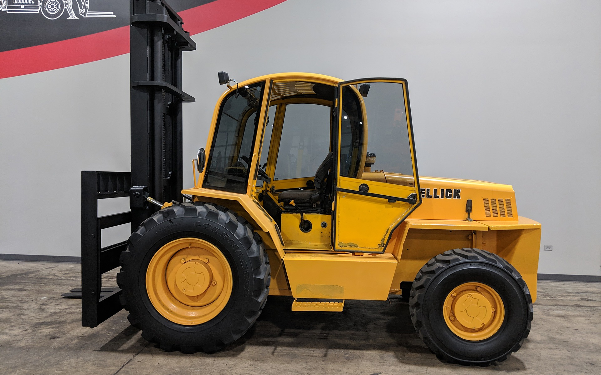Used 2005 SELLICK S100  | Cary, IL