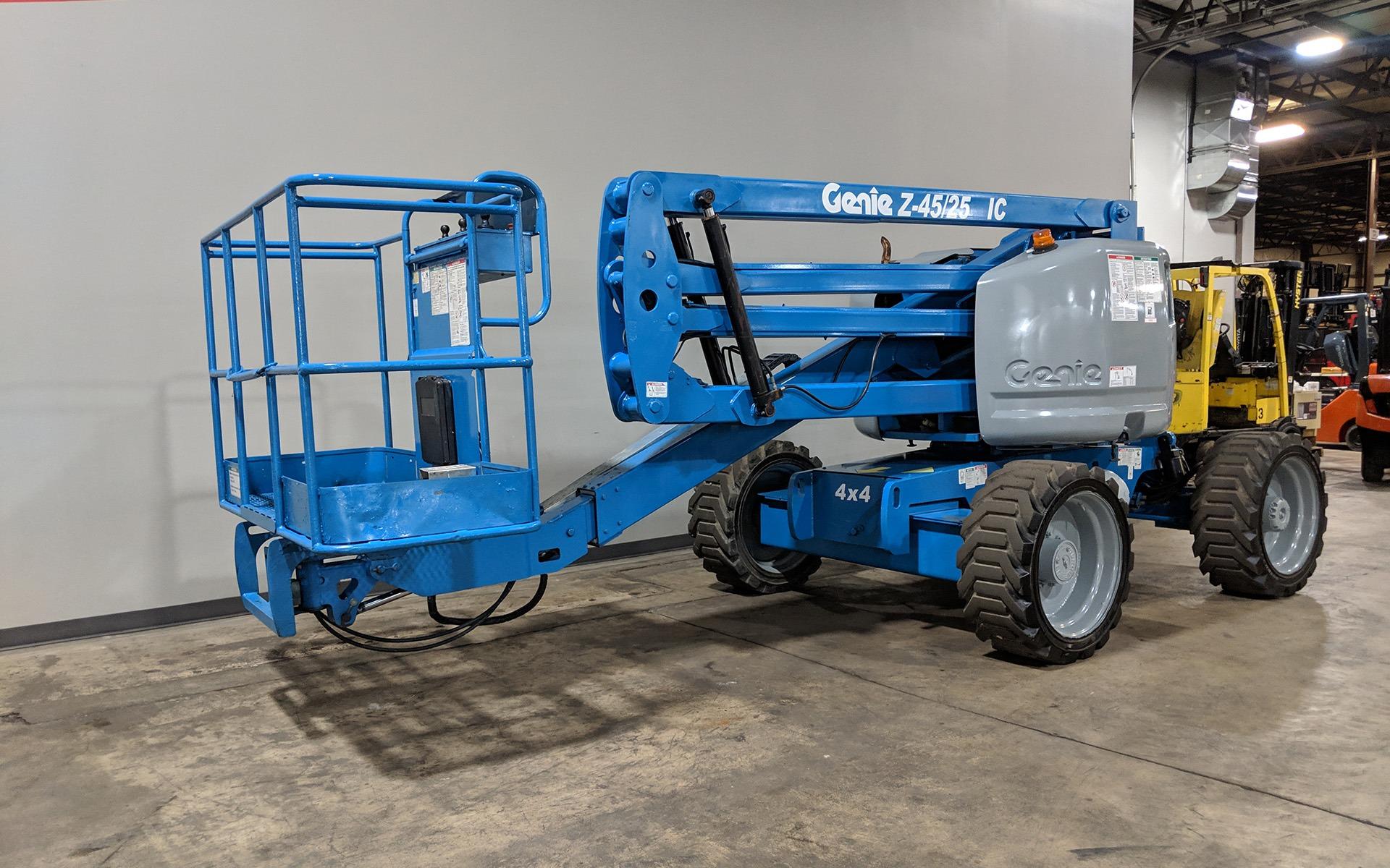 Used 2007 GENIE Z45 25  | Cary, IL