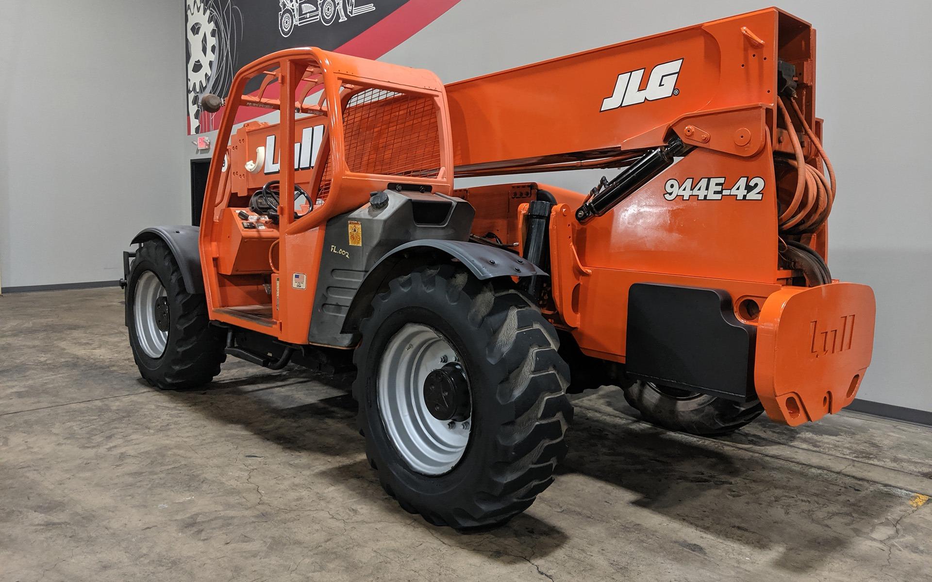 Used 2004 LULL 944E-42  | Cary, IL
