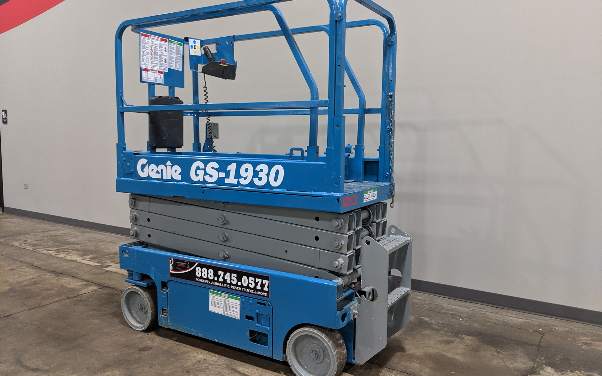 Used 2011 GENIE GS1930  | Cary, IL