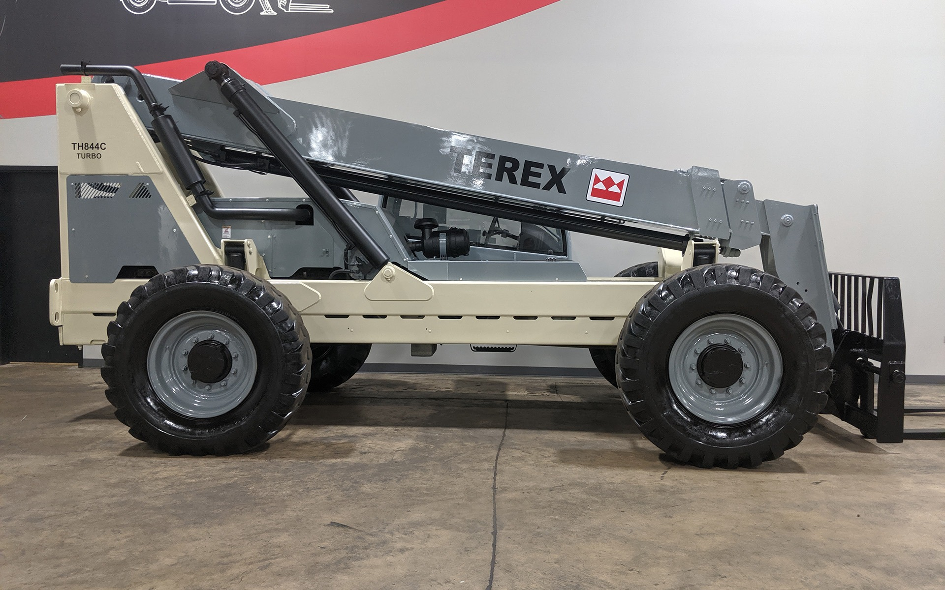 Used 2005 TEREX TH844C  | Cary, IL
