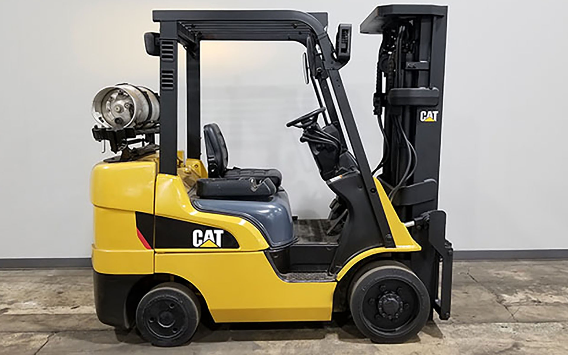 Used 2011 CATERPILLAR 2C6000  | Cary, IL
