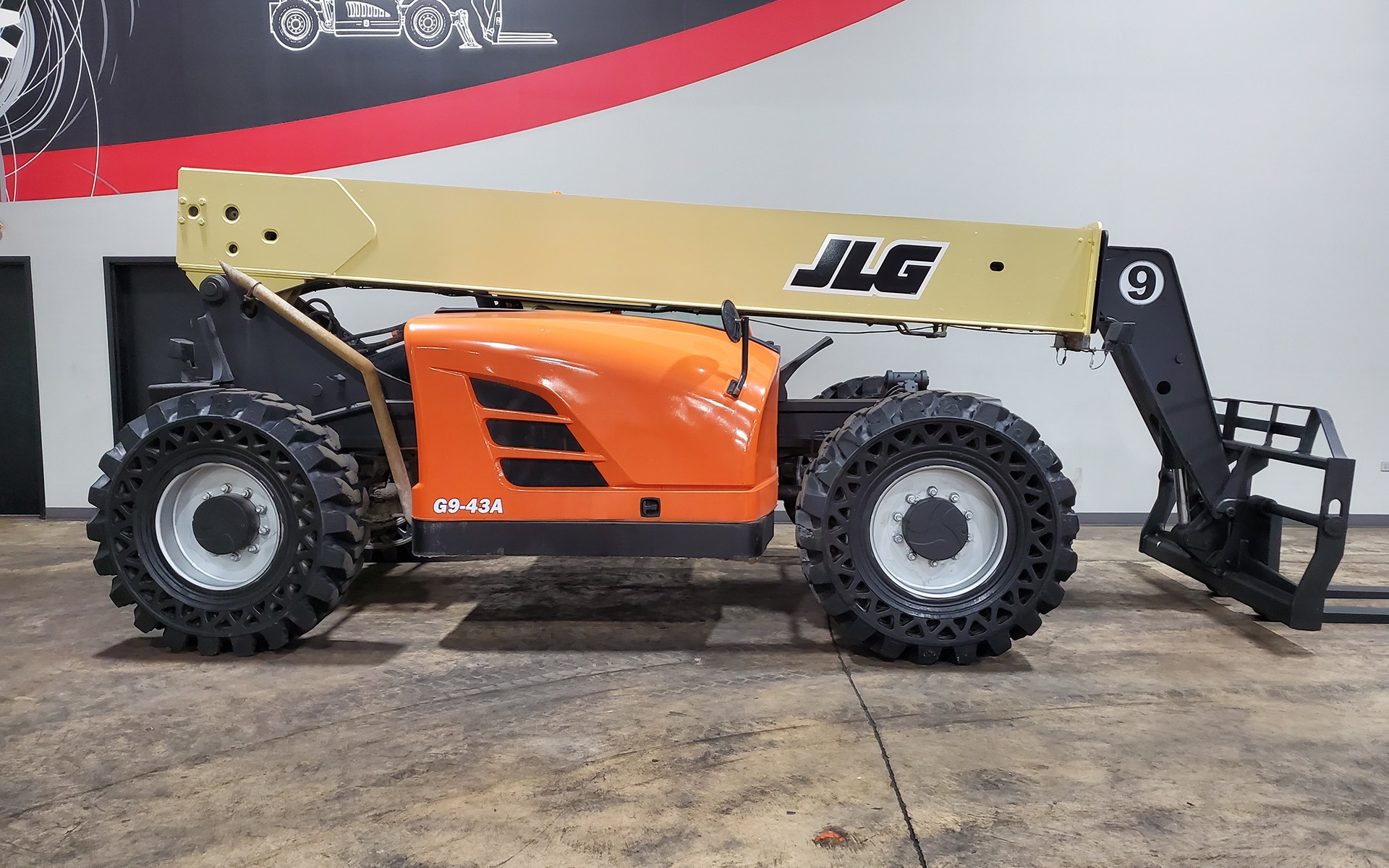 Used 2015 JLG G9-43A    Cary, IL
