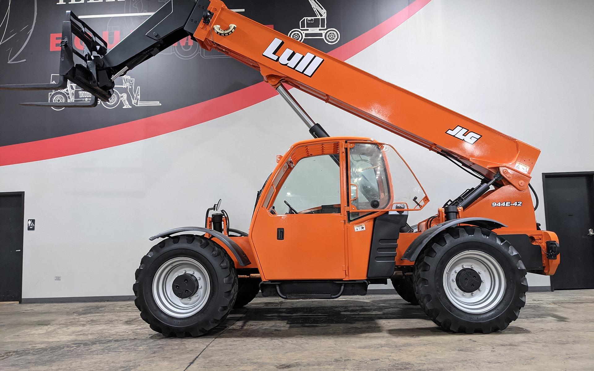 Used 2005 LULL 944E-42  | Cary, IL