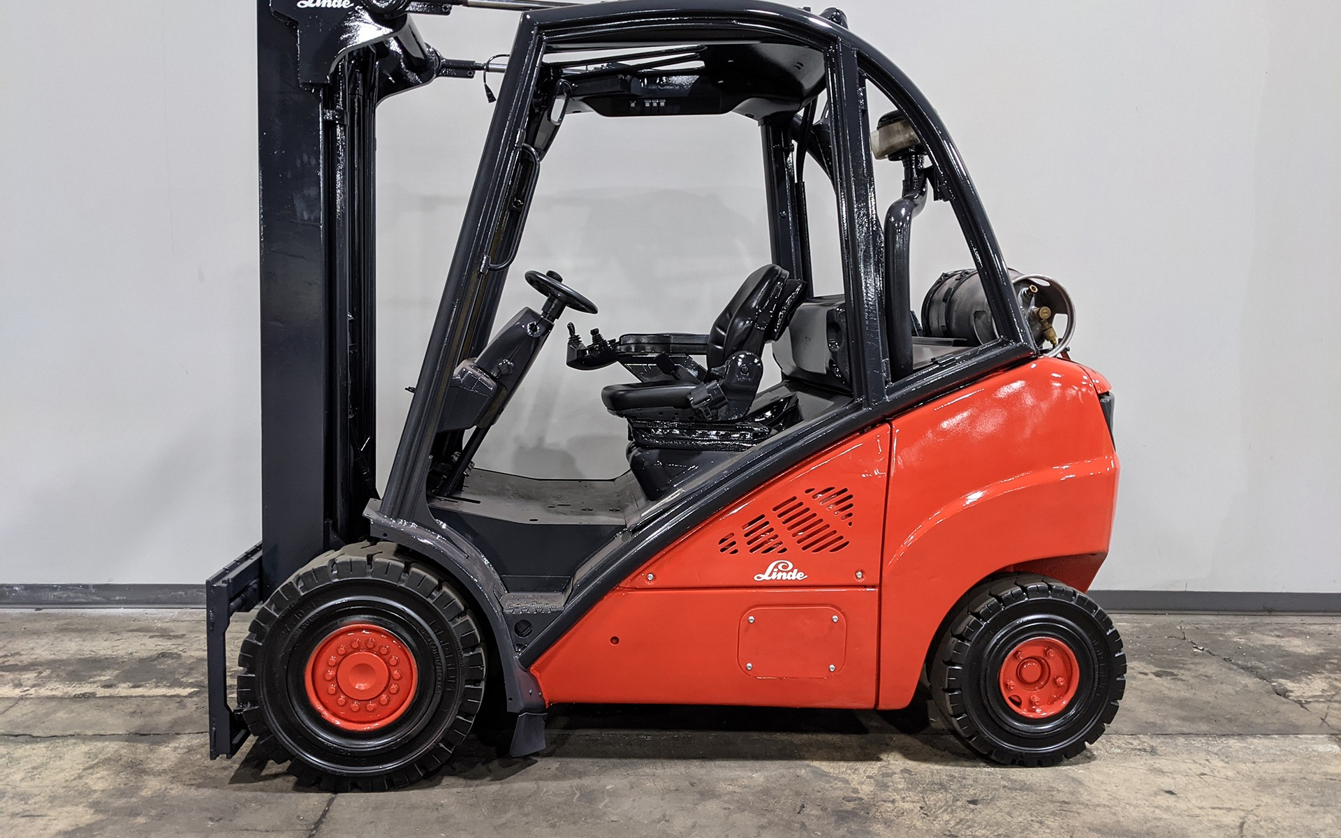 Used 2012 LINDE H30T  | Cary, IL