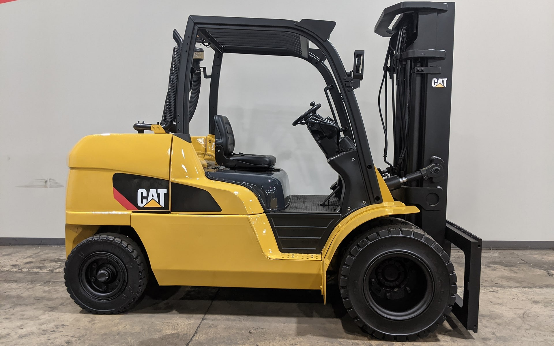 Used 2015 CATERPILLAR DP55N  | Cary, IL