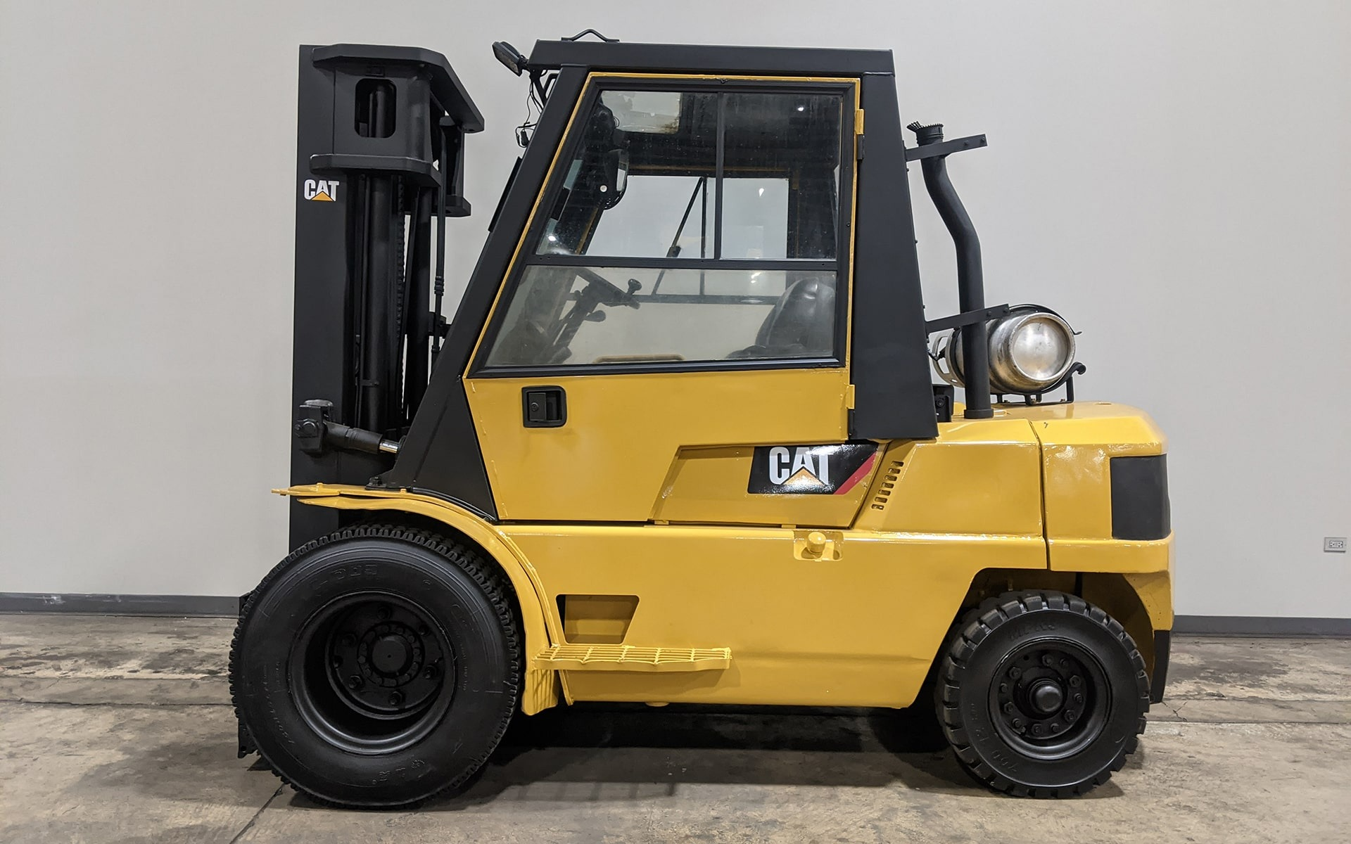 Used 1999 CATERPILLAR GPL40  | Cary, IL