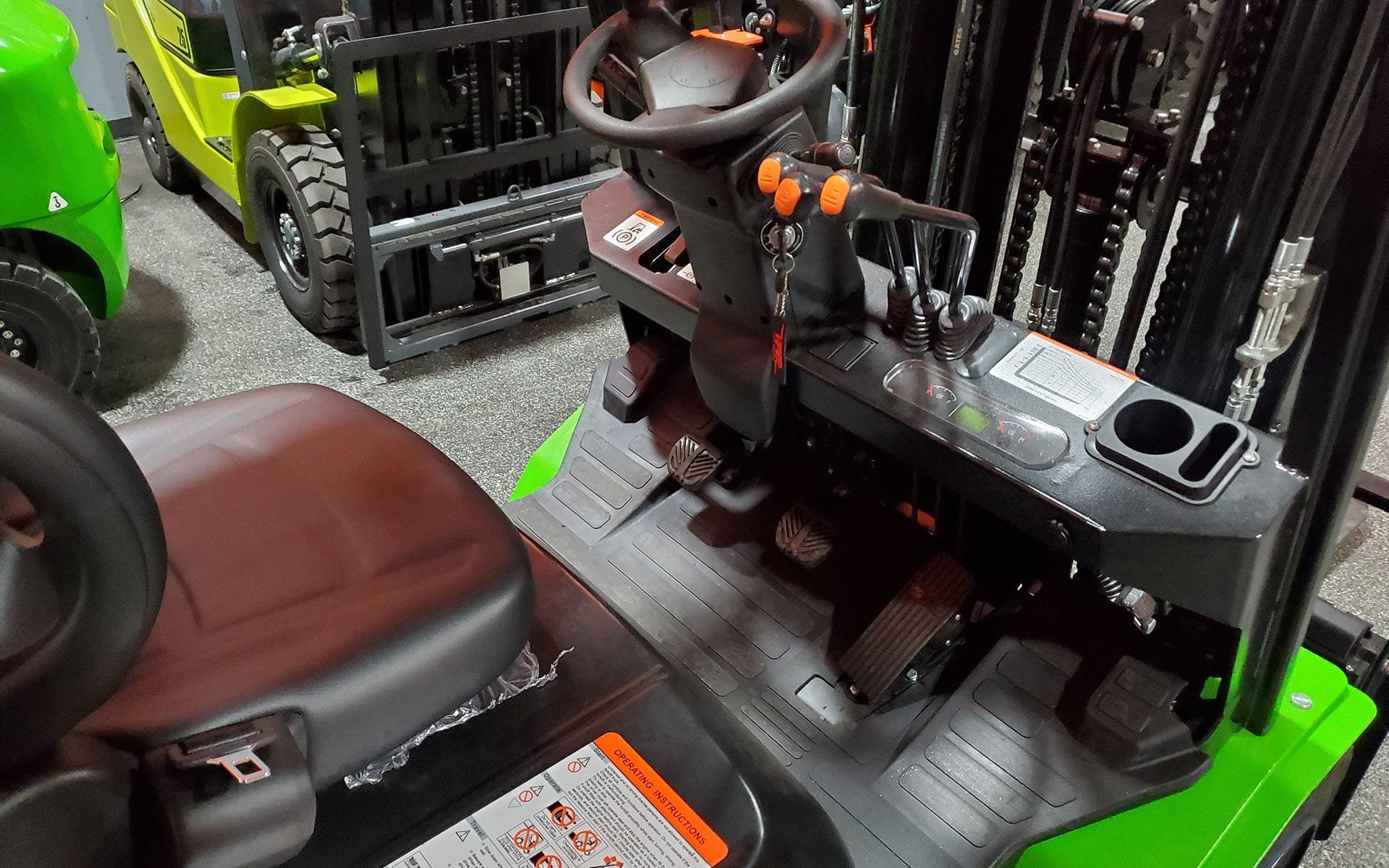 New 2021 VIPER FD30  | Cary, IL