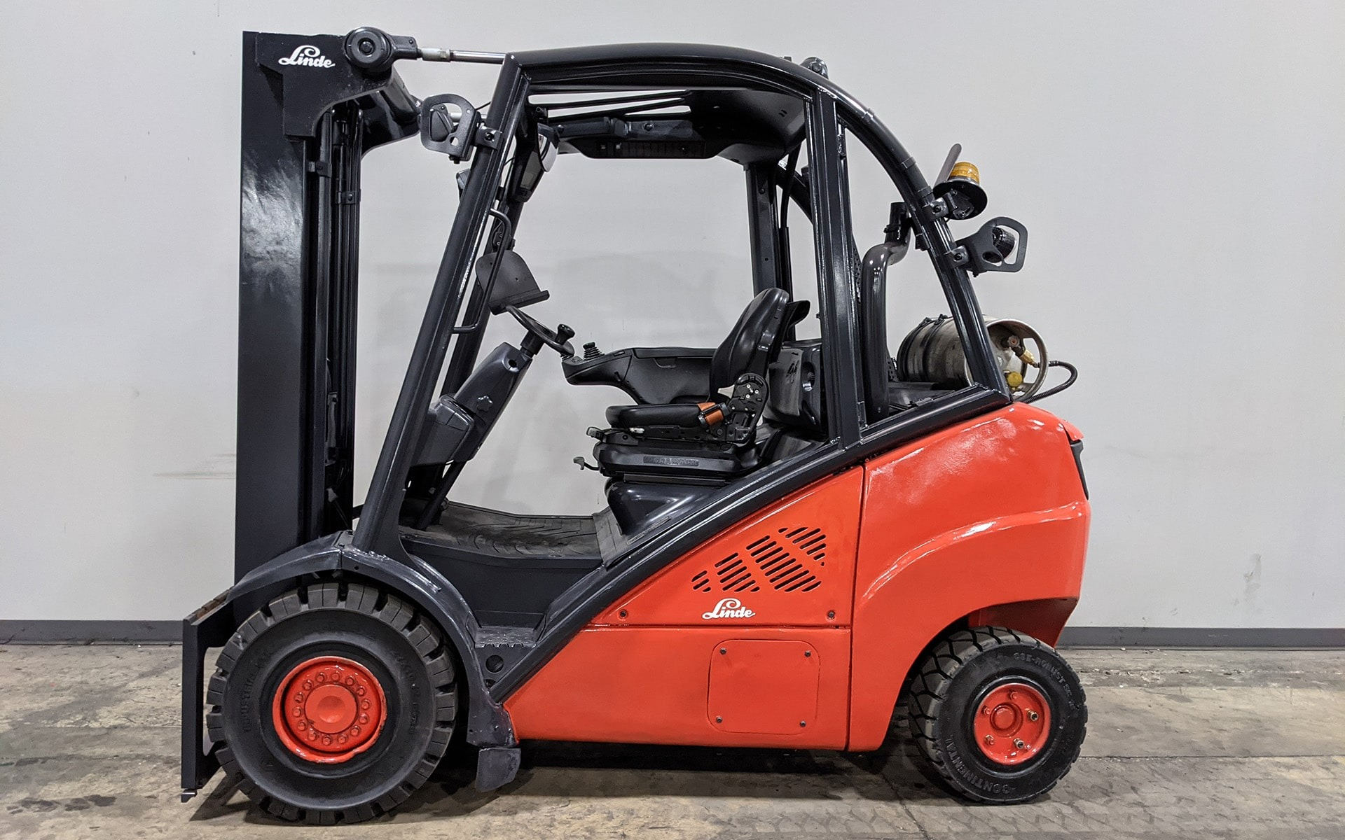 Used 2016 LINDE H30T  | Cary, IL