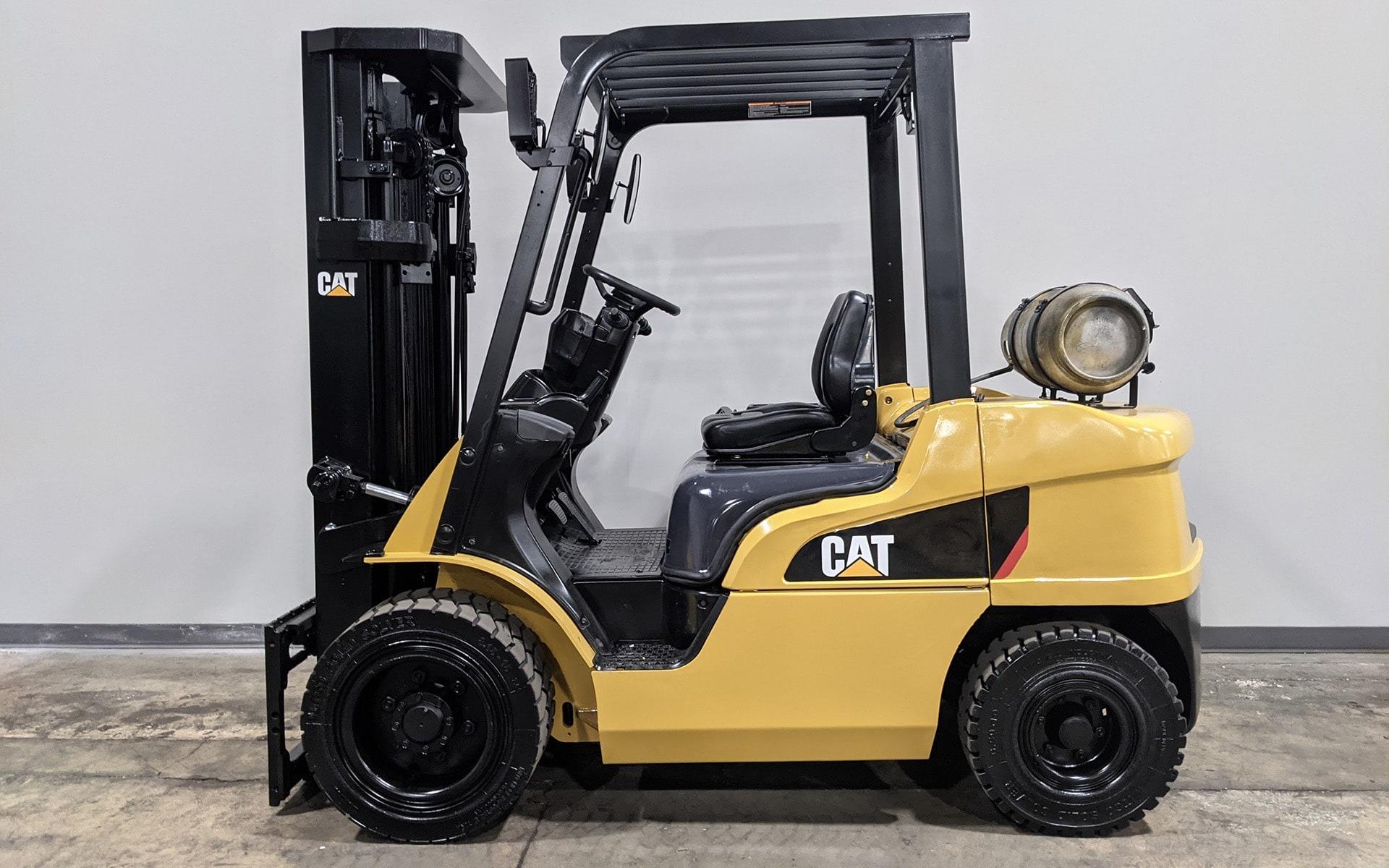 Used 2016 CATERPILLAR GP30  | Cary, IL