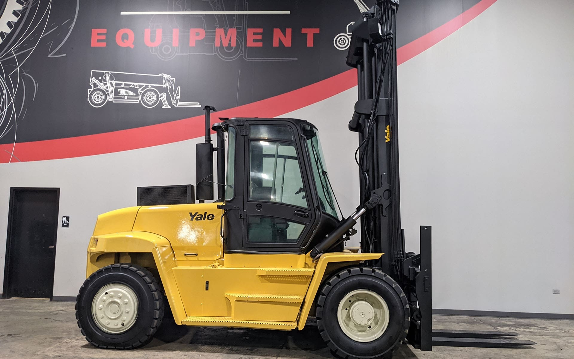 Used 2004 YALE GDP280  | Cary, IL