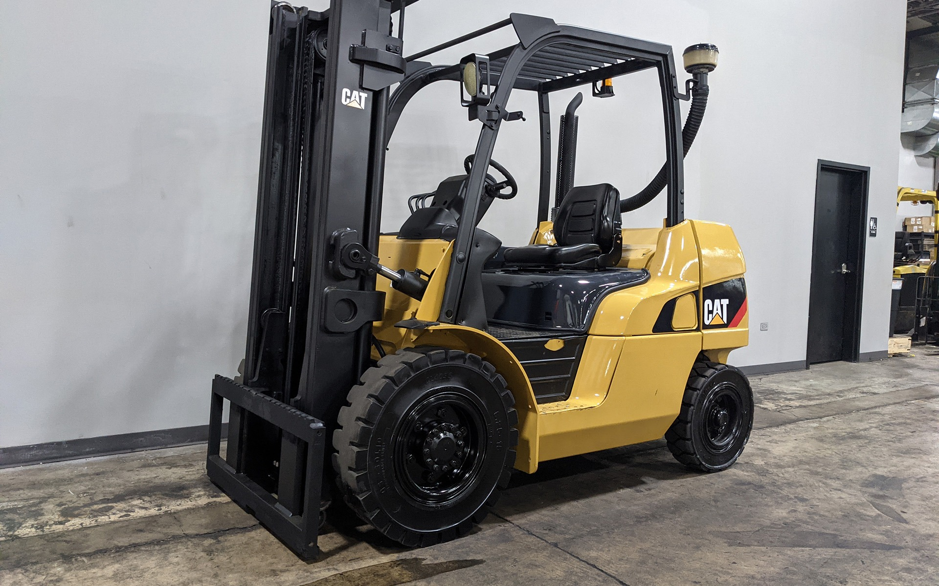 Used 2015 CATERPILLAR DP40N1  | Cary, IL