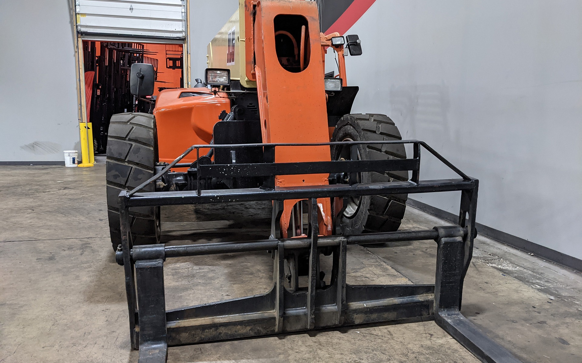 Used 2011 JLG G9-43A    Cary, IL