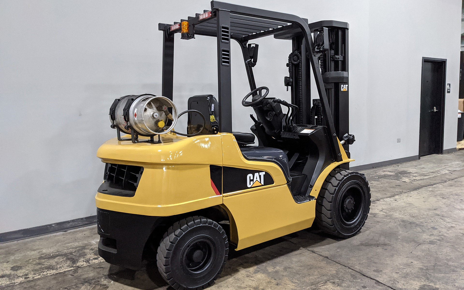 Used 2016 CATERPILLAR GP30N  | Cary, IL