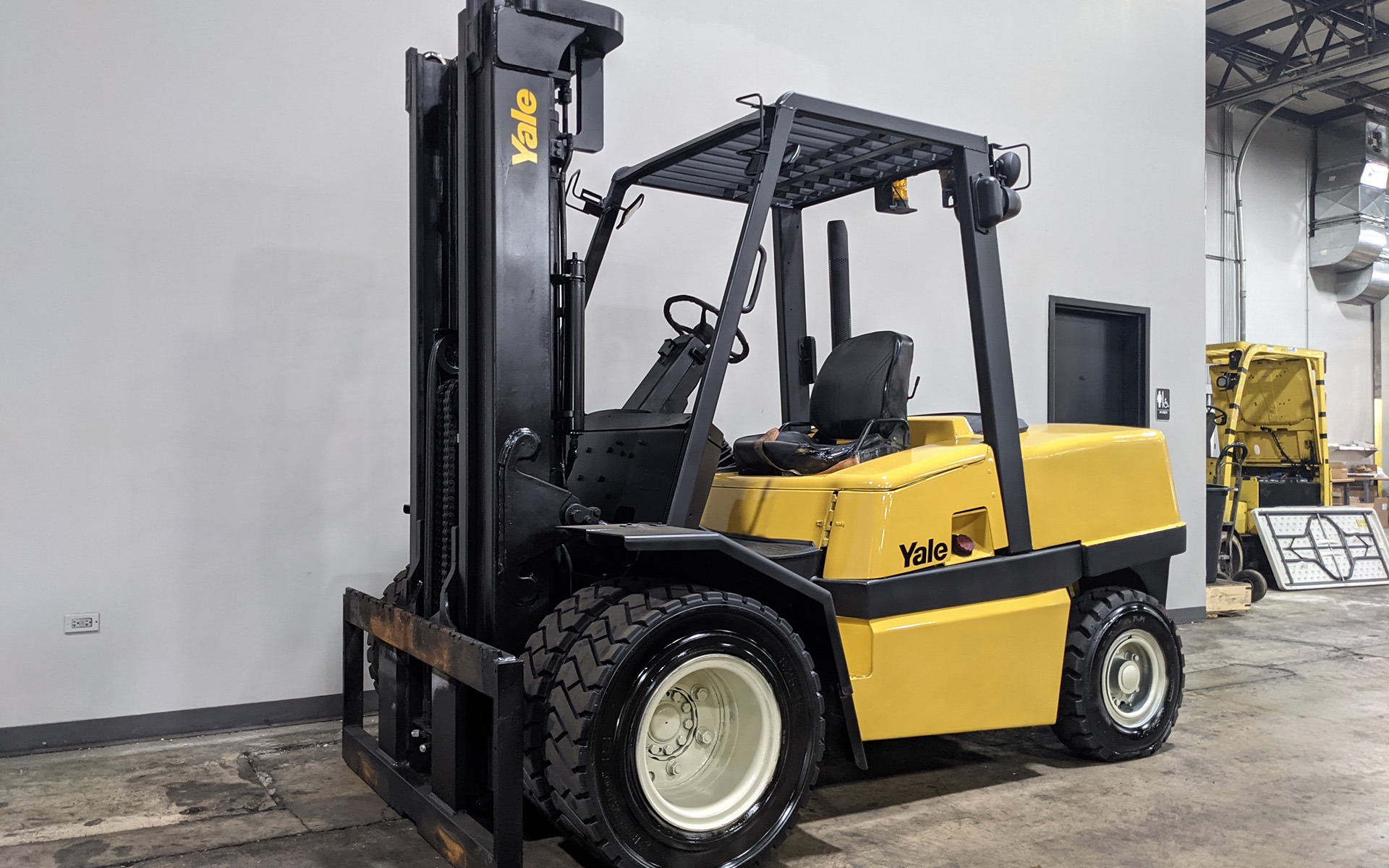 Used 2005 YALE GDP110  | Cary, IL