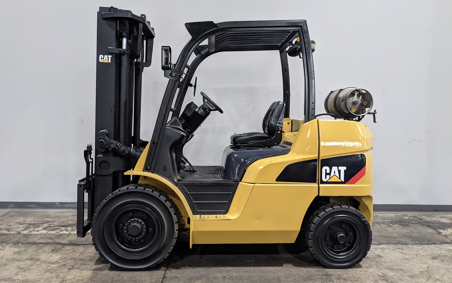 Used 2011 CATERPILLAR P8000  | Cary, IL