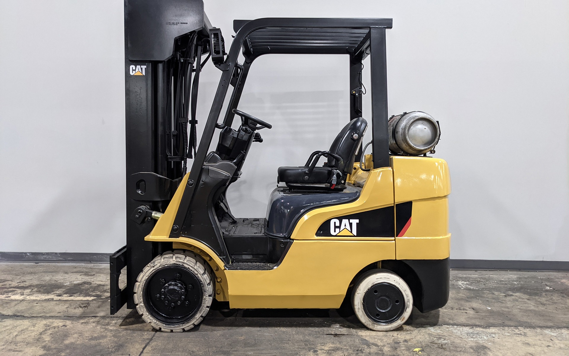 Used 2010 CATERPILLAR 2C6000  | Cary, IL