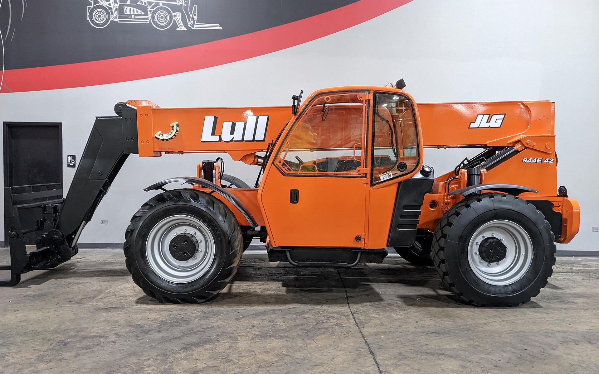 Used 2006 LULL 944E-42    Cary, IL