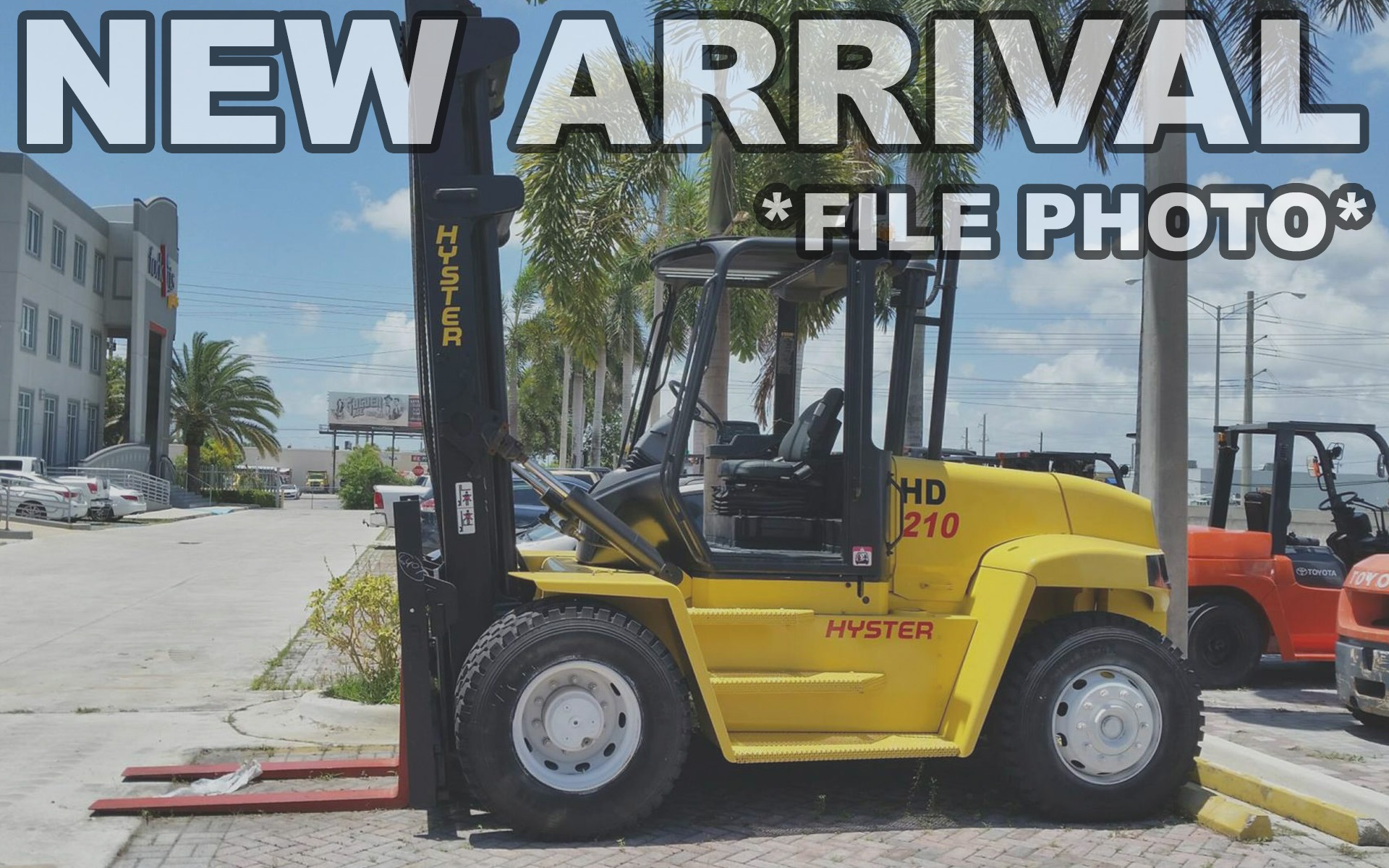 Used 2004 HYSTER H210HD    Cary, IL