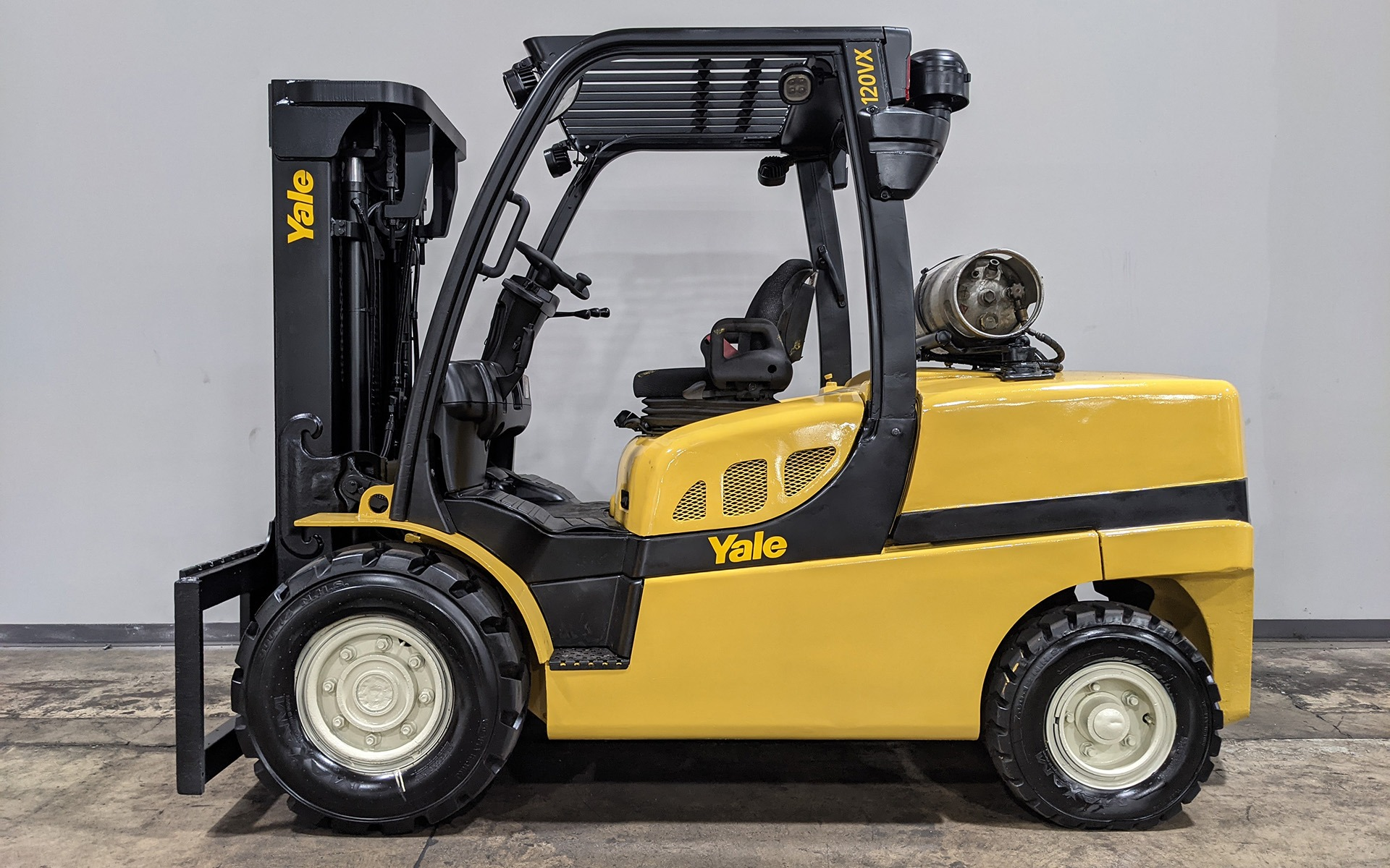 Used 2013 YALE GLP120VX    Cary, IL