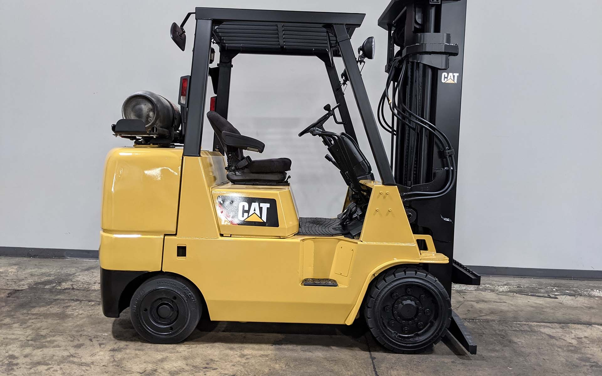 Used 2005 CATERPILLAR GC40K  | Cary, IL