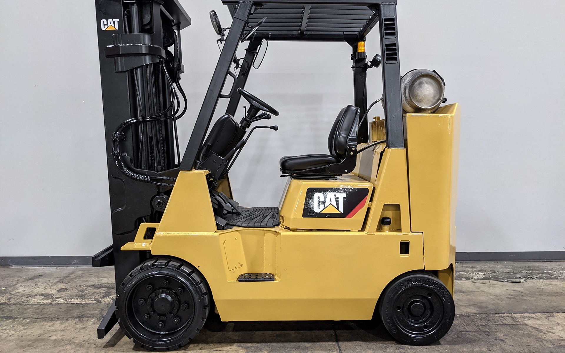 Used 1999 CATERPILLAR GC40K    Cary, IL