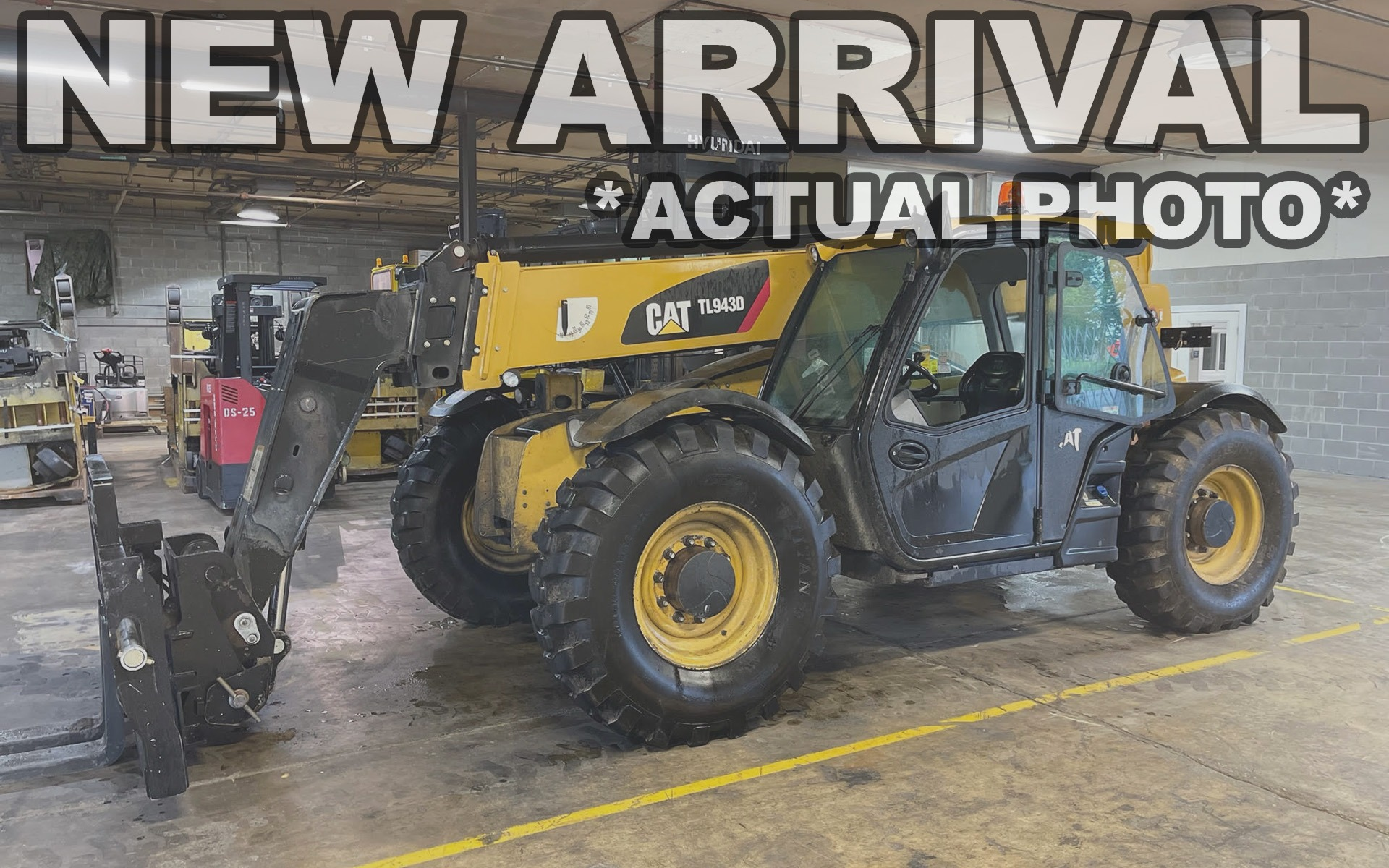Used 2017 CATERPILLAR TL943D  | Cary, IL
