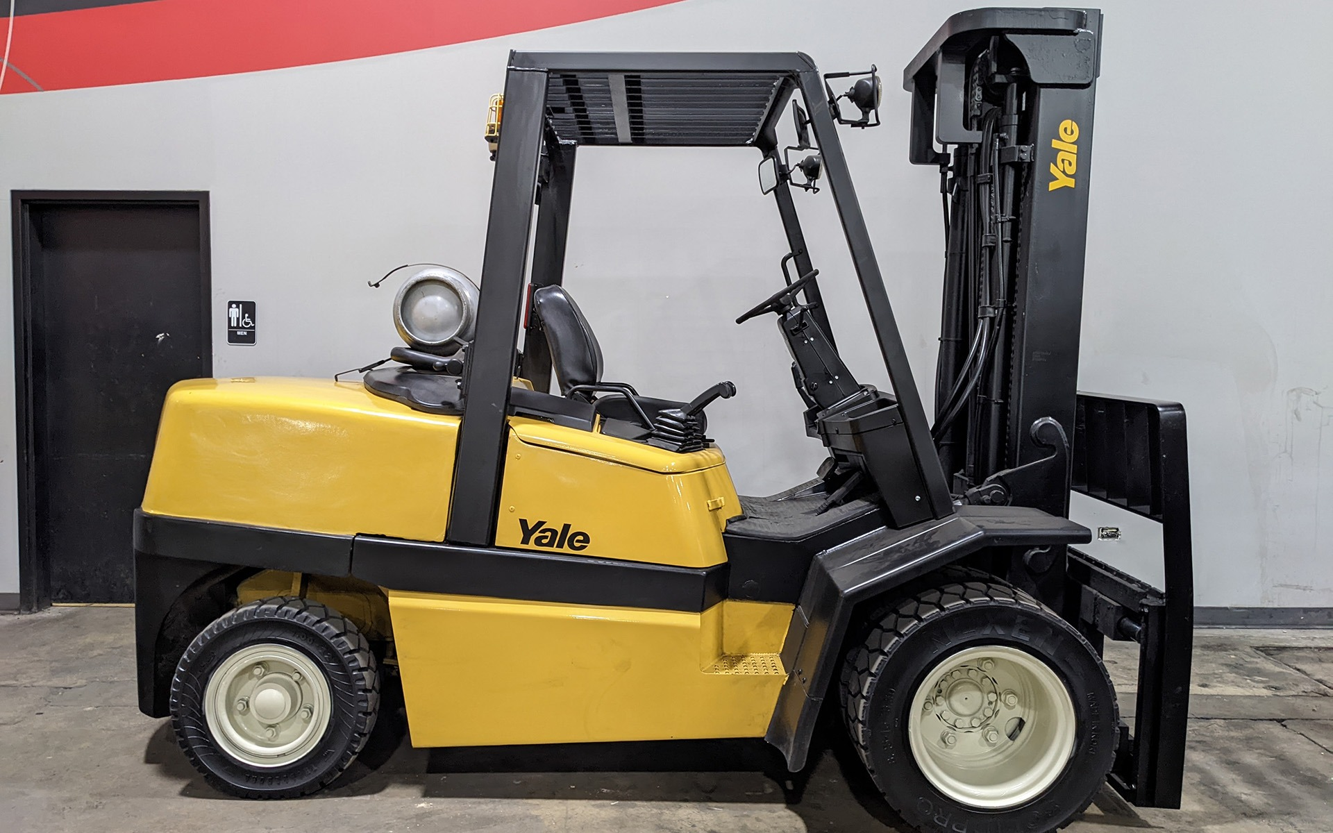 Used 2006 YALE GLP110  | Cary, IL